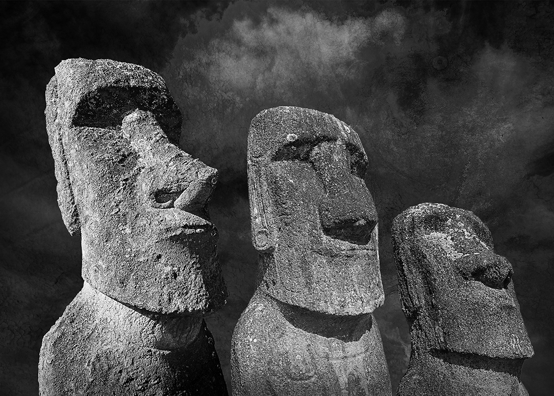 Moai, the great mystery of the Easter Island.