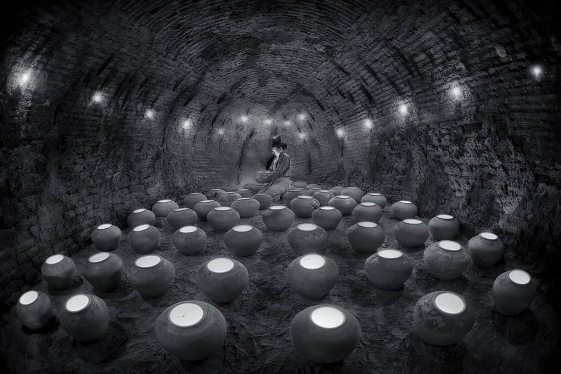 IN CAVE OF BAKING POTS