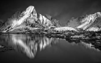 Light on Reine