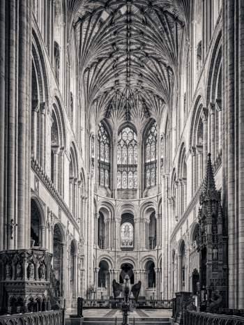 English Medieval Cathedrals