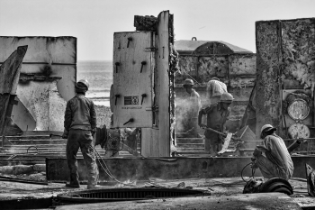 Workers @ Ship breaking Yard